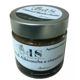 Confettura Biologica di Albicocche e cioccolato